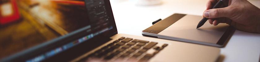 WEB、DTP、グラフィックデザイナーを目指している方【ノートPC】