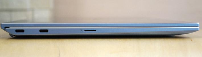 本体の左側側面には、USB3.1 (Type-C/Gen2)×2、マイクロSDカードリーダーがあります。